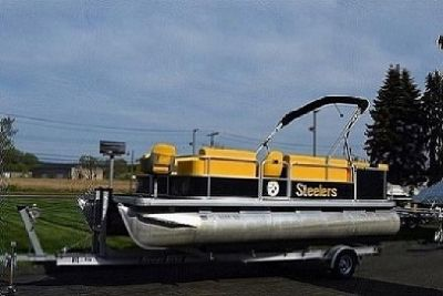 ?2004 Godfrey Sweetwater 200 3-Gate Pontoon Boat?