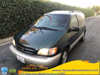 1999 Toyota Sienna 5dr XLE (dark Green)