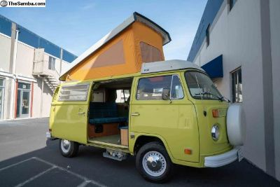 1974 VW Camper / Westfalia Bus