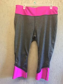 Xersion (Target Brand) Work Out Capri s