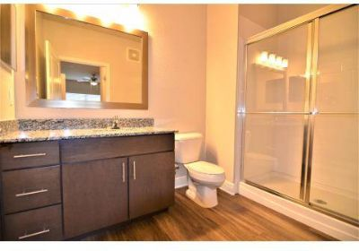 3 Beds - Atwater Apartments