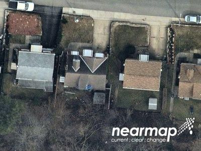 2 Bed 1.0 Bath Preforeclosure Property in Pittsburgh, PA 15227 - Merritt Ave