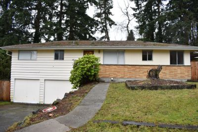 Single Family Home in Edmonds