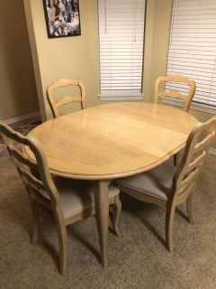 Thomasville Pickled Wood Dining Table with 4 chairs.