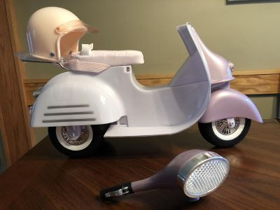 Our Generation 18 doll scooter (READ DESCRIPTION!!)