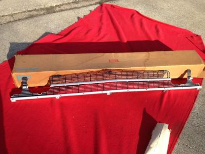 Purchase NOS 1969 CHEVELLE SS GRILLE 3942789 ELCAMINO MALIBU CONCOURS WAGON 396 427 Chevy motorcycle in Union Grove, Wisconsin, United States, for US $295.00