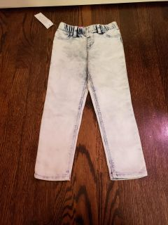 Nwt jeggings size 4t