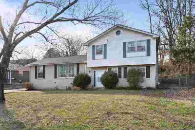 4911 Sherman Oaks Dr Nashville, Conveniently located
