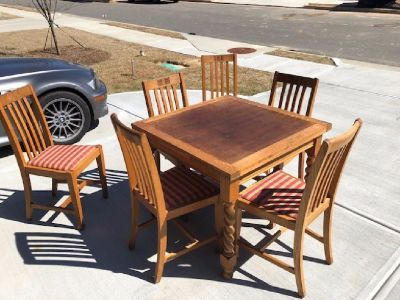 Antique English Barley Twist Solid Oak Draw Leaf Dining Pub Table c1920 with 6 Chairs.