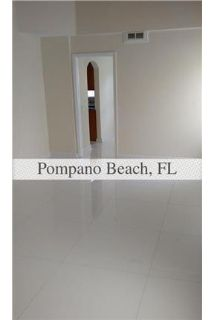 BEAUTIFULLY REMODELED 3 BEDROOM AND 2 AND 1/2 BATHROOMS IN ISLAND.