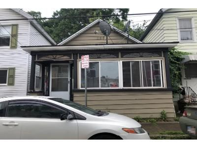 2 Bed 1 Bath Preforeclosure Property in Cohoes, NY 12047 - Lancaster St