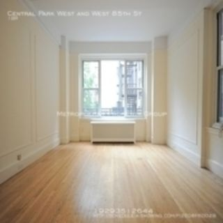 West 86th & CPW - Doorman/Elev 1br With in-unit washer/dryer;  NOFEE + 1 Free month
