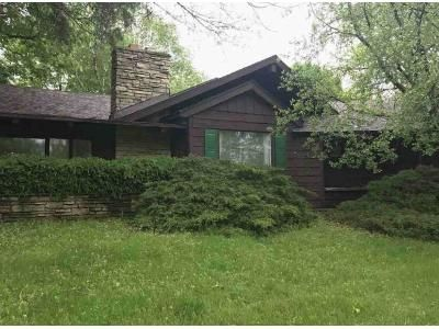 3 Bed 3 Bath Foreclosure Property in Rockford, IL 61107 - N View Rd