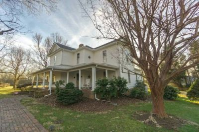 $3500 3 single-family home in Guilford (Greensboro)