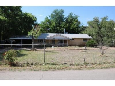3 Bed 2 Bath Foreclosure Property in Albuquerque, NM 87105 - Gibbs Rd SW