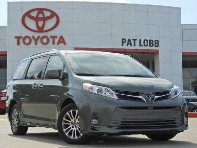 2019 Toyota Sienna XLE Auto Access Seat (Alumina Jade Metallic)