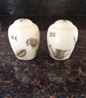Pfaltzgraff NATUREWOOD Salt and Pepper Shakers Set with Stoppers