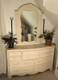 French-style Dresser with Mirror