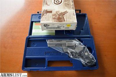 For Sale: Colt Anaconda .44 mag 4inch Stainless LNIB