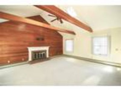 Milford Two BR One BA, Storybook Ranch in Orchard Hills!