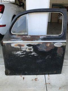 Oval window Driver side Complete door.