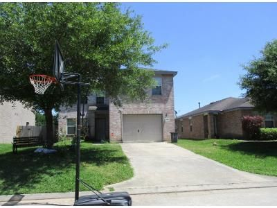 3 Bed 2 Bath Preforeclosure Property in Spring, TX 77389 - Red Leo Ln