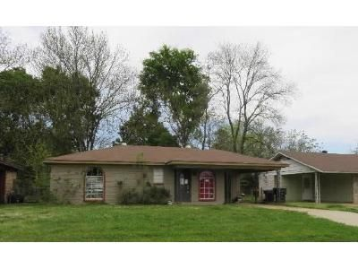 3 Bed 1.5 Bath Foreclosure Property in Bossier City, LA 71111 - Shed Rd