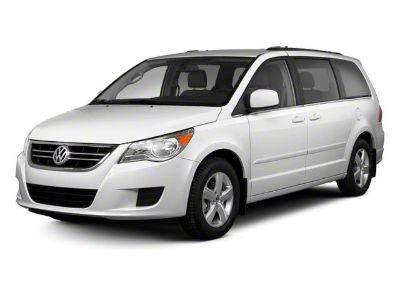 2011 Volkswagen Routan SE (White)