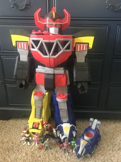 Large power ranger tower and figurines