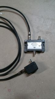 Cable/TV signal amplifier