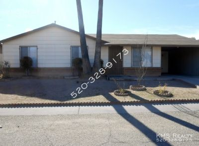 3 bedroom 2 baths House - Valencia & Mission Road
