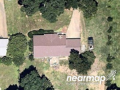 3 Bed 3.0 Bath Preforeclosure Property in Douglasville, GA 30135 - Oakdale Dr