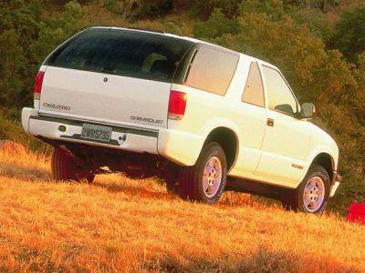 1999 Chevrolet Blazer LS (Summit White)
