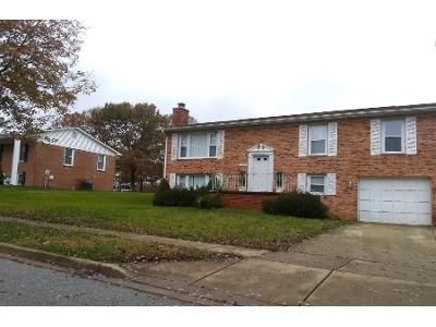 2 Bath Preforeclosure Property in Clinton, MD 20735 - Mordente Dr