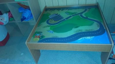Small train table. Flips to green. Perfect size