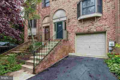 18 River Way WILMINGTON Two BR, Well maintained brick town-home