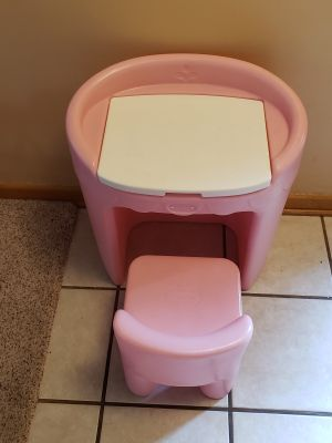 Vintage Little Tikes Pink & White Vanity with Chair (Child Size)