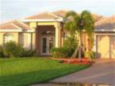 Villa Oasis-Gorgeous vacation home-water front-Boat available - Villa