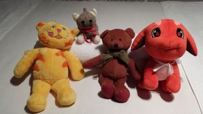 Stuffed Animals - Meow Mix - Stocking Cat - Teddy Bear - Dog