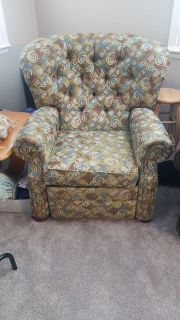 Recliner Chair (FCFS)