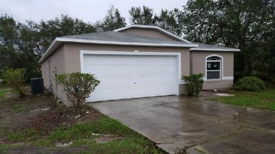 A GREAT HOME THAT IS PRICED TO SELL MOVE IN READY HOME
