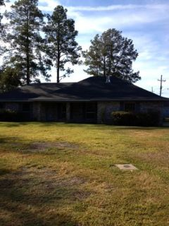 $1300  4br - 1800ftsup2 - Reduced
