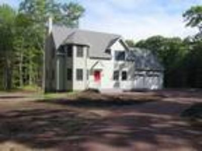 New Construction: Contemporary on 4 Acres