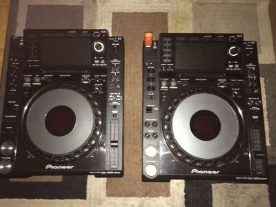 2x pioneer cdj-2000 and djm-2000 mixer package
