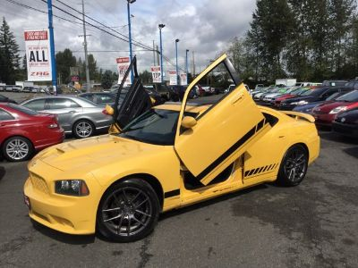 2008 Dodge Charger RT (Yellow)