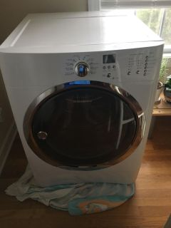 Electrolux Dryer Electric 8 cubic ft $150