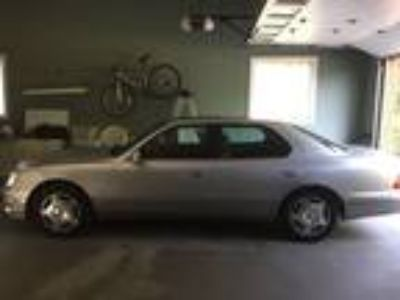 2000 Lexus LS 400 for Sale by Owner