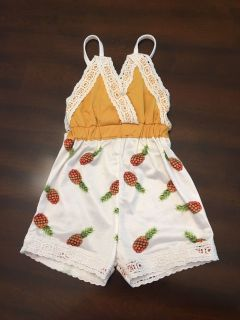 Adorable CatPapa pineapple romper size 100 (2-3 yrs)