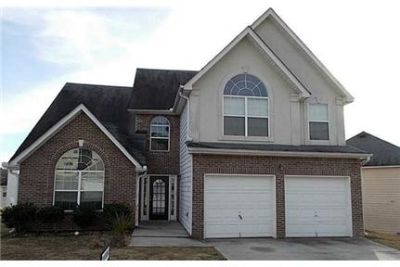 Auburn - Large spacious 4 bedroom - Great floor plan with dining.