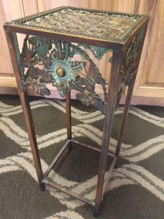Cute metal Plant stand 8x8x 20 h